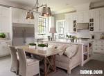 Tủ bếp gỗ xoan đào sơn trắng với tư duy thiết kế hiện đại và lạ lẫm