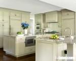 Tủ bếp gỗ xoan đào Tây Bắc sơn men giá rẻ, điểm nhấn cho không gian bếp xinh
