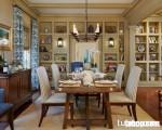 Phòng ăn đầy thi vị với bàn ăn và tủ buffet làm từ gỗ căm xe mộc mạc