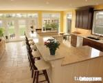 Tủ bếp và quầy bar gia đình sang trọng từ chất liệu gỗ sồi Mỹ