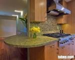 Tủ bếp giá rẻ từ Veneer Ash, giải pháp hữu ích cho căn bếp đa năng