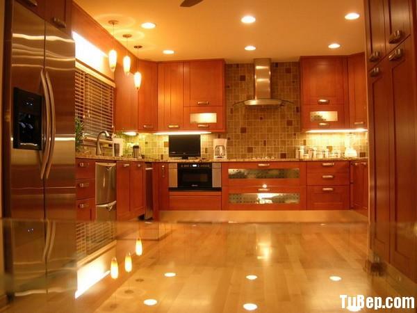 Luxury Modern Kitchen Design Tủ bếp gỗ công nghiệp dán Verneer xoan đào TBN0012