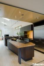 Tủ bếp gỗ MDF Acrylic có bàn bar  và bàn đảo – TBB102