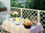Thiết kế không gian ăn uống cho phòng bếp nhỏ xinh