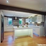 Tủ bếp Acrylic có đảo TBT0516