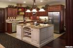 Tủ bếp gỗ Căm xe chữ L có bàn đảoTBT0069