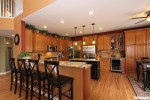 Tủ bếp gỗ Xoan Đào có đảo TBT0266