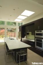 Tủ bếp gỗ MDF Acrylic có bàn đảo – TBB236