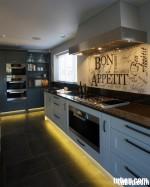Tủ bếp Gỗ tự nhiên – TBN142