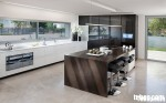 Tủ bếp gỗ MDF Acrylic có bàn đảo và hệ tủ kho – TBB034