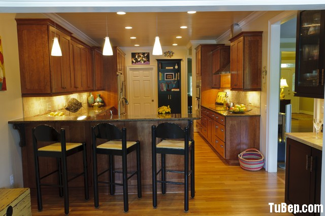 33 Tủ bếp Gỗ tự nhiên – TBN134