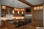 Tủ bếp gỗ Sồi sơn men màu trắng phối xám chữ L TBT0512