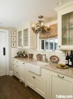 Tủ bếp gỗ tự nhiên Tần Bì sơn men trắng – TBB325