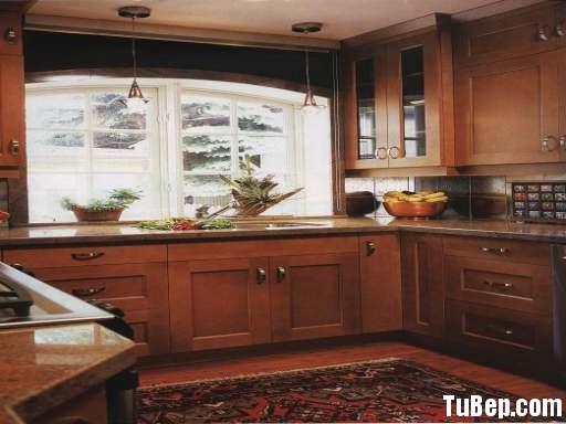 2507 3 Tủ bếp gỗ tự nhiên Căm Xe – TBB396