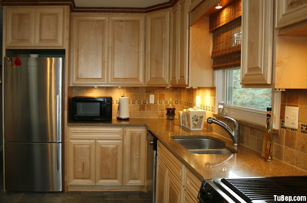 2807 5 Tủ bếp gỗ tự nhiên Tần Bì – TBB416