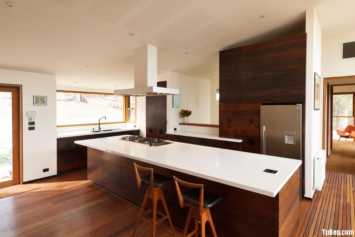 laminate vân gỗ đậm Tủ bếp gỗ Laminate có đảo TBT0343