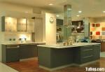Tủ bếp gỗ Xoan Đào tự nhiên sơn men màu đen hình chữ L có đảo TBT0753