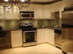 Tủ bếp gỗ tự nhiên Sồi Mỹ sơn men – TBB397
