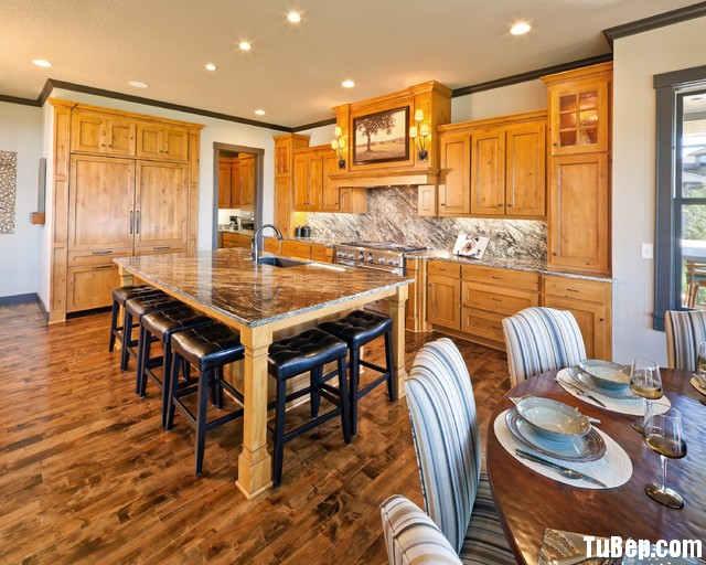 3007 3 Tủ bếp gỗ tự nhiên Xoan Đảo kết hợp bàn đảo – TBB425