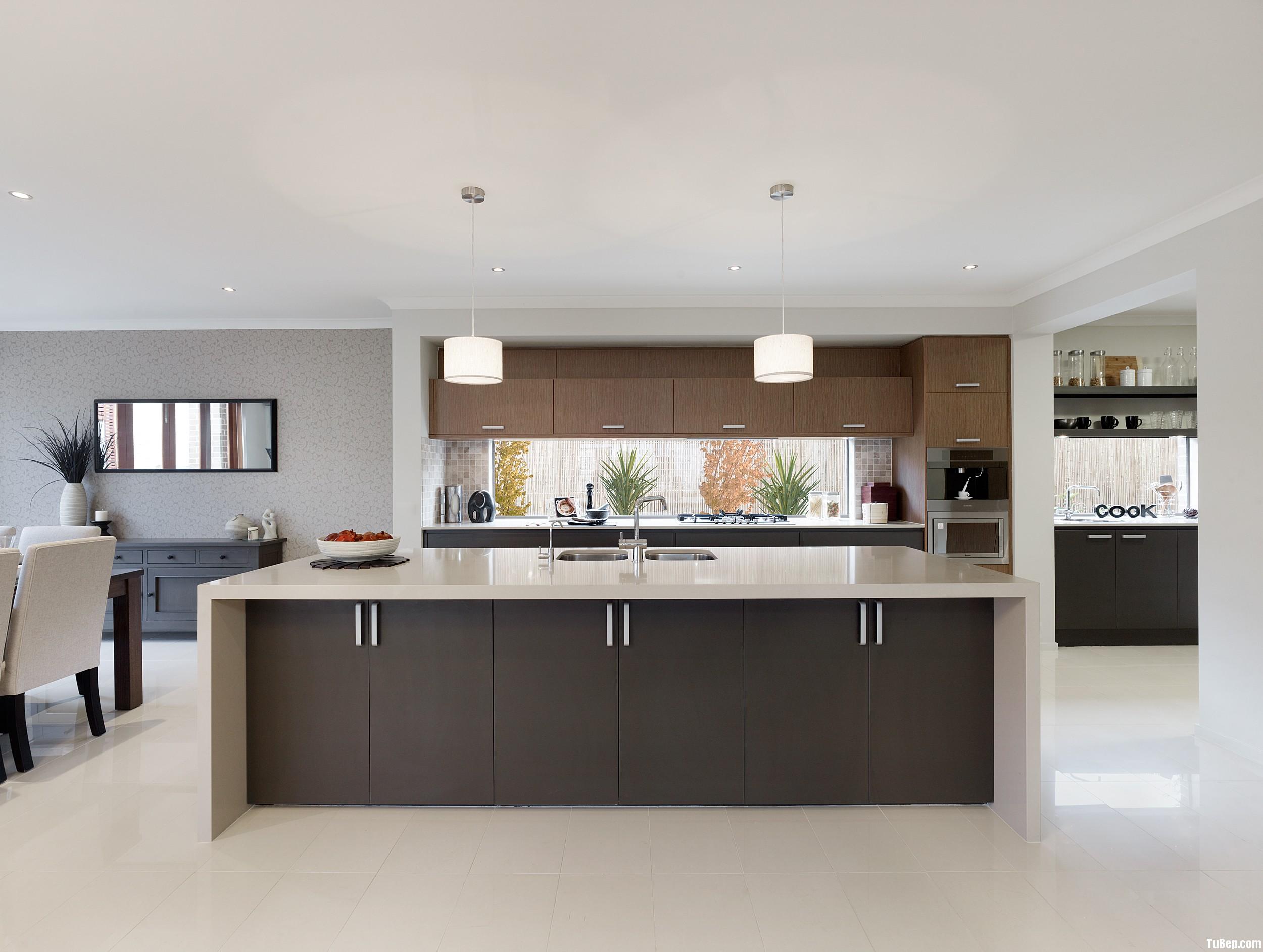 Laminate đen kết hợp vân gỗ màu Tủ bếp Laminate có đảo TBT0338
