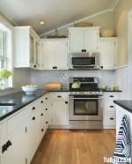 Tủ bếp gỗ Sồi  tự nhiên sơn men – TBB561