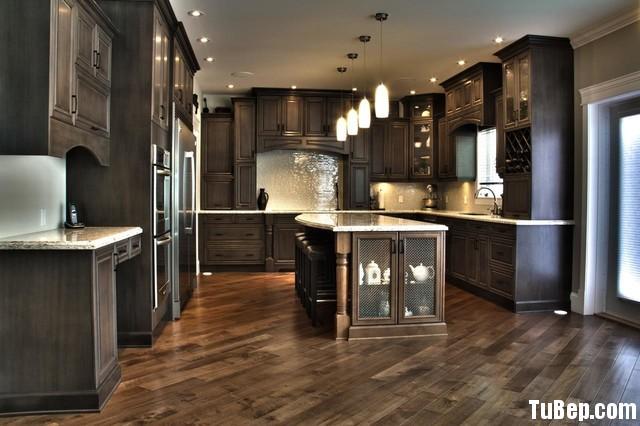 traditional kitchen cabinets 12 Tủ bếp gỗ Xoan đào sơn men đen chữ L TBT0545