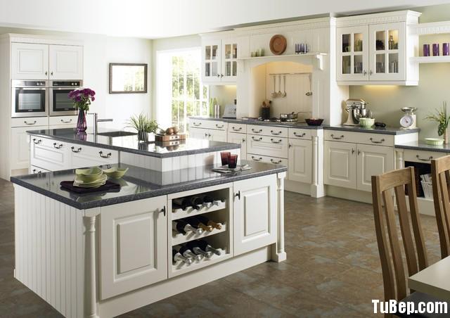 traditional kitchen cabinets 17 Tủ bếp gỗ Sồi sơn men trắng chữ I có đảo TBT0566