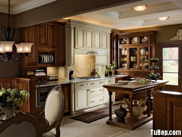 traditional kitchen cabinets 9 Tủ bếp gỗ tự nhiên chữ I sơn men trắng kết hợp vân gỗ TBT0533