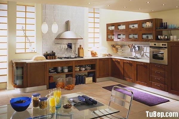 tu bep go tu nhien 1 Tủ bếp gỗ tự nhiên dáng chữ L TBT0514