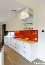 Tủ bếp gỗ MDF Acrylic có bàn đảo kết hợp bar – TBB548
