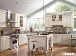 Tủ bếp gỗ Sồi  tự nhiên sơn men – TBB513