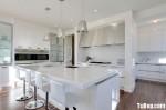Tủ bếp gỗ Acrylic màu trắng có đảo TBT0589