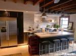 Tủ bếp gỗ Acrylic có đảo – TBB812