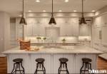 Tủ bếp gỗ tự nhiên sơn men trắng chữ L có đảo – TBB776