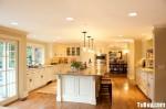 Tủ bếp gỗ Xoan đào sơn men trắng có đảo TBT0658