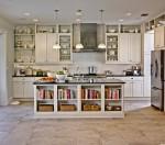 Tủ bếp gỗ tự nhiên sơn men trắng có đảo – TBB675