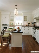 Tủ bếp gỗ tự nhiên sơn men trắng – TBB658