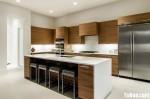 Tủ bếp laminate màu vân gỗ chữ L có đảo – TBB818