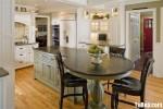 Tủ bếp gỗ Sồi tự nhiên sơn men trắng phối xanh có đảo TBT0577