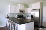 Tủ bếp gỗ sồi sơn men trắng chữ L – TBB1088