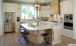 Tủ bếp gỗ sồi tự nhiên sơn men trắng ,chữ L có đảo – TBB 1228