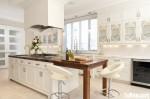 Tủ bếp gỗ Sồi sơn men trắng chữ I có đảo – TBB1221