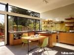 Tủ bếp gỗ Melamin hình chữ L màu vân gỗ có đảo – TBB1156