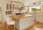 Tủ bếp gỗ Xoan Đào sơn trắng hình chữ L có đảo TBT0886