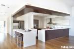 Tủ bếp gỗ Laminate màu trắng phối nâu hình chữ L có đảo TBT1028
