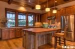 Tủ bếp gỗ tự nhiên Căm xe chữ L có đảo – TBB 1502