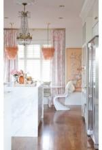 Phòng ngủ màu hồng lãng mạn, dịu dàng