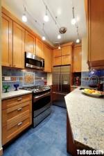Tủ bếp tần bì chữ U có hệ tủ cao đụng trần – TBN2435