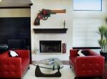 Phòng khách rực rỡ với sắc đỏ