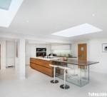 Tủ bếp Laminate hiện đại tươi sáng có đảo nổi bật – TBN4562